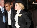 Мадонна рассталась со своим 25-летним бойфрендом