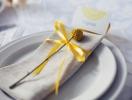 Персональные рассадочные карточки на свадьбе: варианты