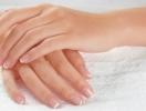 Как укрепить ногти весной