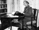 Как известные писатели заставляли себя работать