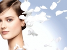 Косметологи Chanel создали сыворотку для жемчужной кожи
