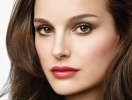 Натали Портман представила средство для губ Rouge Dior Baume