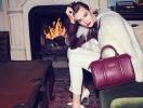 Карли Клосс стала героиней рождественской рекламы сумочек Lancaster Paris