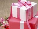 Что подарить подруге на 8 марта: прикольные идеи подарка на женский праздник