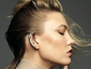 Ноу-хау в макияже: визажисты посоветовали подкрашивать мочки и контур ушей (ФОТО)