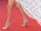 Носки на красной дорожке в Каннах: да или нет