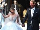 Платье на миллион: наследница бренда Swarovski вышла замуж в наряде из 500 тысяч кристаллов (ВИДЕО+ФОТО)
