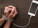 Есть ли жизнь в офлайне: гайд по цифровому детоксу