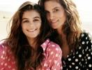 """15-летняя дочь Синди Кроуфорд завидует красоте мамы: """"Мама не собирается стареть, это нечестно"""""""