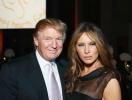 Жест пренебрежения: курьезное рукопожатие Дональда и Мелании Трамп высмеяли в Сети (ВИДЕО)