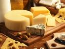 «Жизнь без обмана»: как выбирать сыр и с чем его сочетать — советы эксперта Алексея Душки