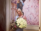 Цветы в постель: Анастасия Волочкова похвасталась романтическим презентом от ухажера (ФОТО)