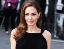 """Анджелина Джоли прокомментировала новую версию """"Лары Крофт"""""""