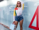 Бейонсе покорила яркой фотосессией в мини-шортах (ФОТО)