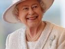То, что никогда не выходит из моды: почему королева Елизавета носит одни и те же туфли