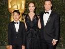 Последствия ссор Анджелины Джоли и Брэда Питта: приемный сын Мэддокс собирается переехать из США