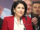 Президентом Грузии впервые стала женщина: разбираем стиль Саломе Зурабишвили