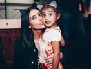 5-летняя дочка Ким Кардашьян впервые на обложке глянца без звездной мамы (ФОТО)