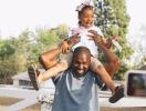 Пятилетняя Норт Уэст вместе с отцом спела на церковной службе (ВИДЕО)