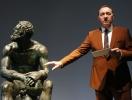 Кевин Спейси дал перформанс в римском музее (ВИДЕО)