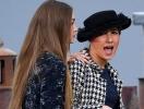 Скандал на Неделе моды в Париже: Джиджи Хадид выгнала с подиума блогершу, сорвавшую показ Chanel (ФОТО+ВИДЕО)