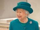 """Почему королева Елизавета II не смотрит основанный на ее жизни сериал """"Корона""""?"""