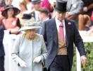 Принц Эндрю сложил королевские полномочия: официальное обращение сына королевы в связи с секс-скандалом