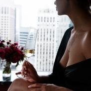 Как сделать грудь упругой: 5 натуральных способов