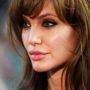 Анджелина Джоли снова похудела до 34 кг из-за развода с Брэдом Питтом