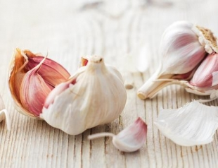 Как приготовить чесночный маринад для шашлыка