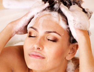 Уход за волосами: 5 рецептов супершампуней