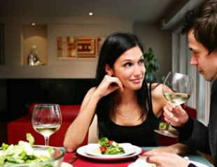 Счастливые супруги становятся похожими внешне