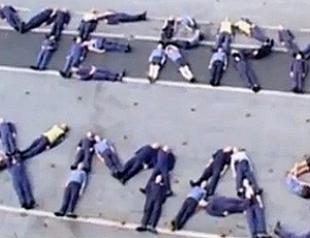 Военные сняли клип на песню Мэрайи Кери