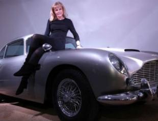 Открылась выставка автомобилей Бонда