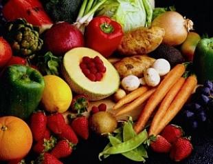 Красные овощи и фрукты улучшают цвет кожи