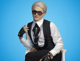 Эштон Катчер снялся в комедийной рекламе. Видео