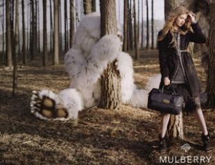 Линдси Уиксон в рекламной кампании Mulberry. Фото