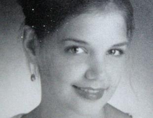 Опубликованы школьные снимки Кэти Холмс. Фото