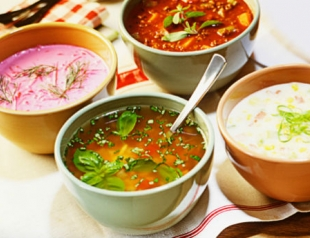 Чем питаться в жару: рецепты холодных супов