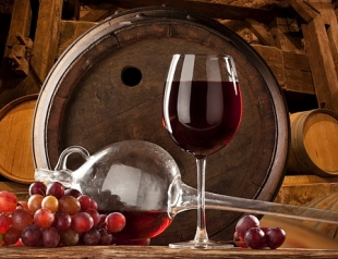 Безалкогольное вино справится с давлением