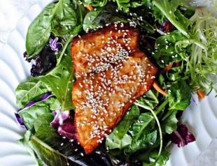 Салат с лососем в апельсине. Фоторецепт