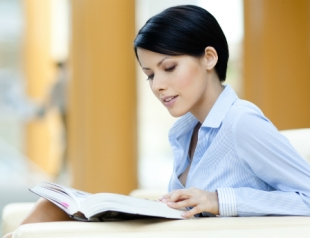 Топ 7 веселых книжных новинок для личностного роста