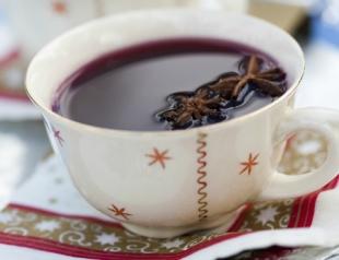 Согревающие напитки: лучшие рецепты приготовления глинтвейна
