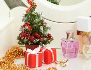 Парфюмерия с запахом Нового года: цитрусов, корицы и ели