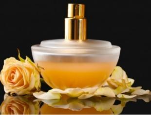Какой парфюм подарить женщине в День Валентина?
