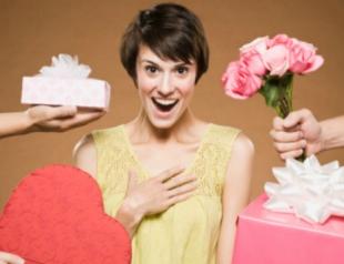 Выберите себе подарок к 8 Марта!