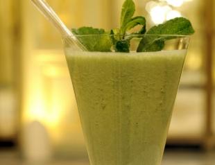 Витаминные коктейли из зелени. Видеорецепт
