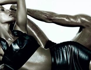 Жизель Бундхен показала сексапильные формы для модного журнала