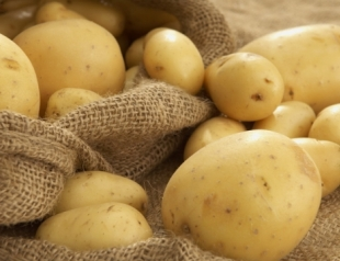 Картофель в косметологии: маски, шампуни и ванны