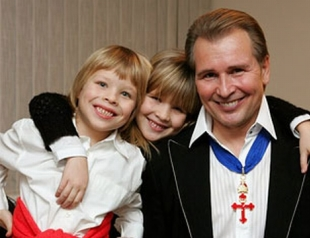 Семейные конфликты: звезды и их родители